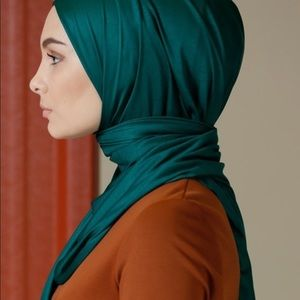 Jersey instant hijab/ pinless.